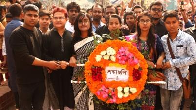 শহীদ দিবসে নারায়ণগঞ্জ বন্ধুসভার শ্রদ্ধাঞ্জলি