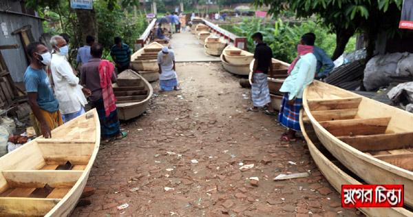 গোলাকান্দাইল হাটে নৌকা বিক্রির ধুম